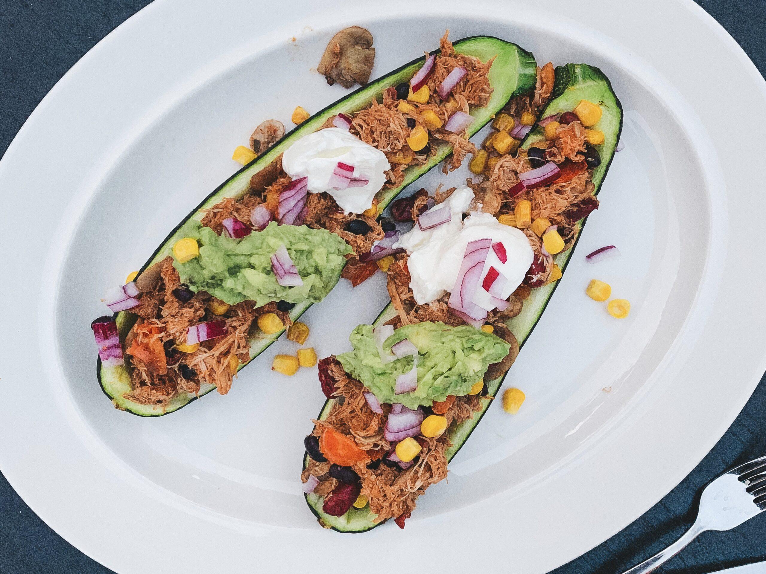 Mexicaans gevulde courgette met pulled chicken